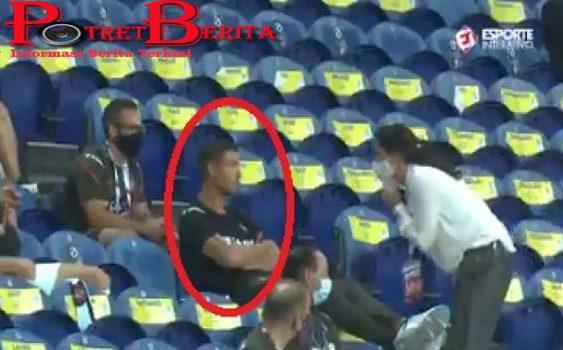 Kejadian Langka, Cristiano Ronaldo Kena Tegur Gara-gara Tak Pakai Masker