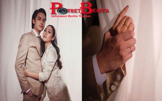 Baru Terungkap Penampakan Cincin Kawin dan Tunangan Sherina Munaf, Simple dengan Emas 18 Karat